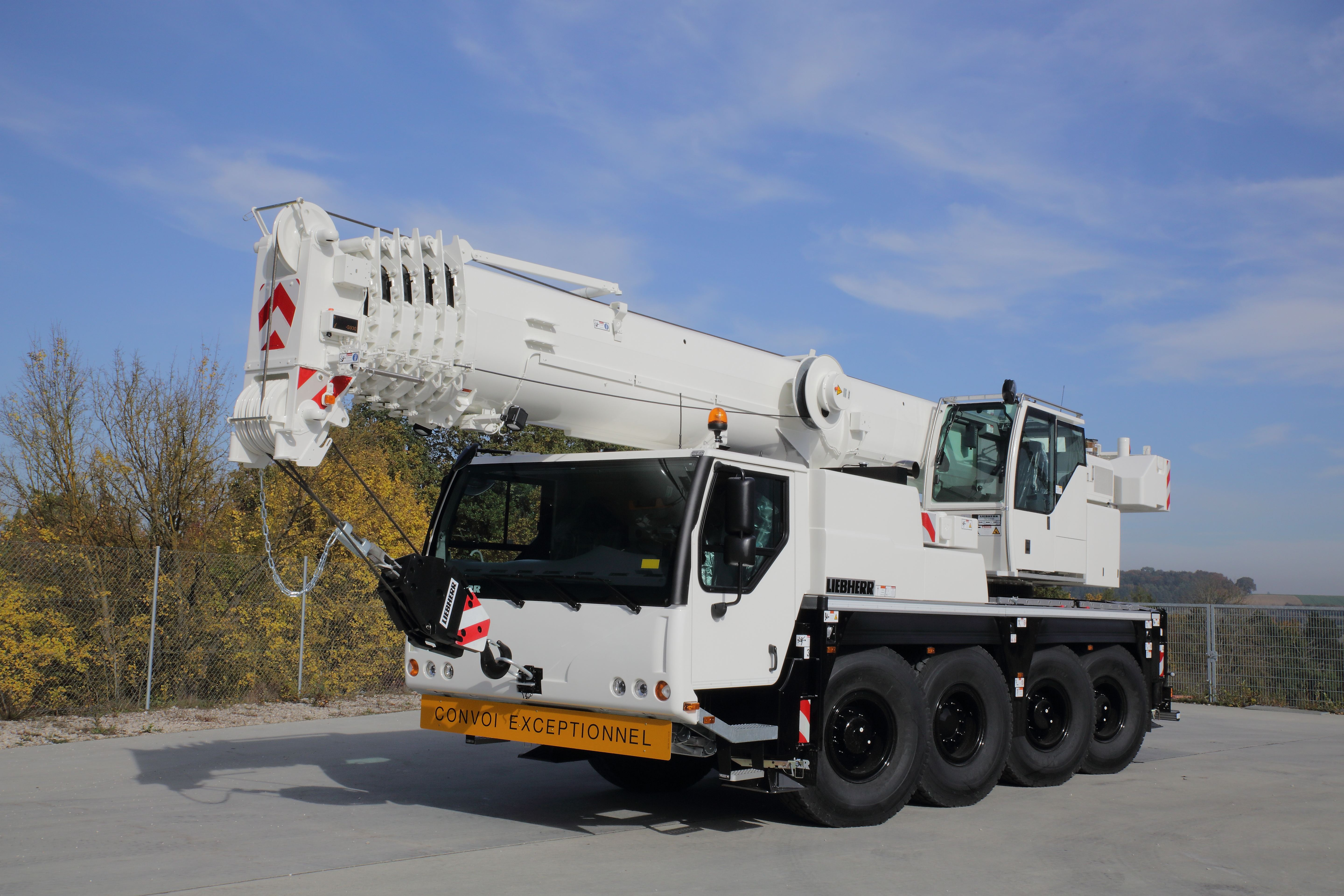Rigante Telescopic Mobile Cranes : New telescopic mobile crane for the company mathieu