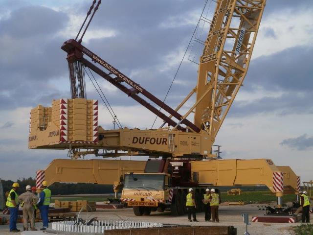 New Liebherr crawler crane for the company Dufour- vanderspek be